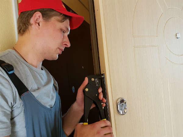 ремонт дверей в Жуковском